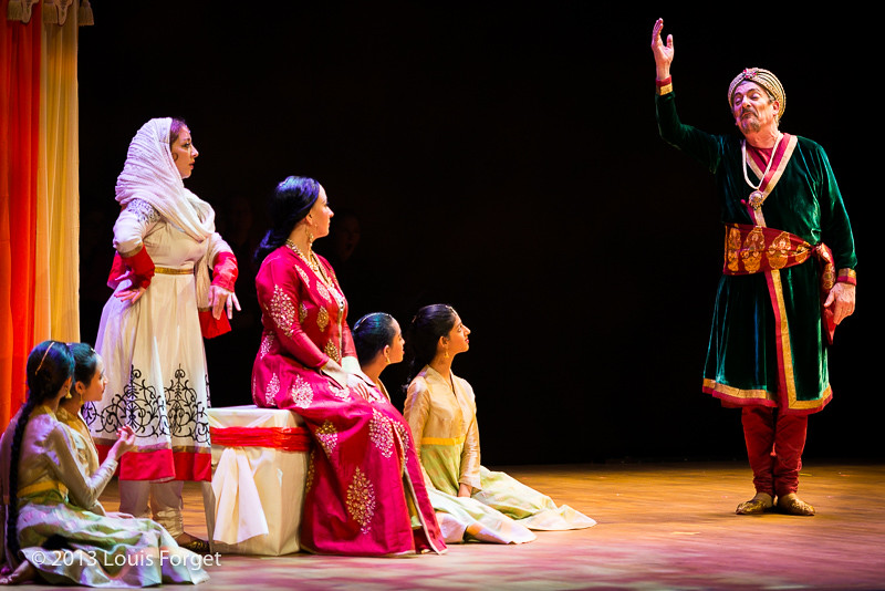 (L. to R.) Nathalie Paulin, Marianne Fiset, Bernard Deletré and members of Kalanidhi Dance in Opera Lafayette's production of Lalla Roukh by Félicien David