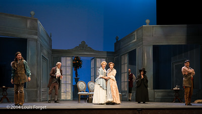 (L. to R.) Alex Dobson, Bernard Deletré, Blandine Staskiewicz, Pascale Beaudin, Jeffrey Thompson, Claire Debono and Antonio Figueroa in Opera Lafayette's production of Mozart's Cosi fan tutte at the Opéra Royal, Versailles