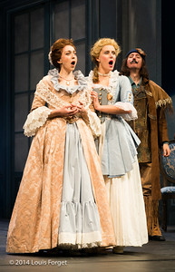 (L. to R.) Pascale Beaudin, Blandine Staskiewicz and Alex Dobson in Opera Lafayette's production of Mozart's Cosi fan tutte at the Opéra Royal, Versailles