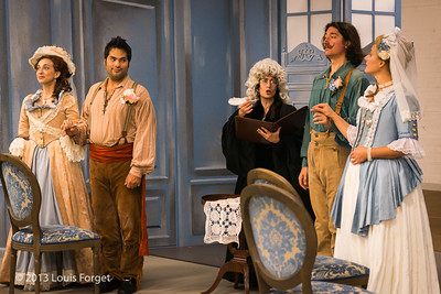 (L. to R.) Pascale Beaudin, Antonio Figueroa, Claire Debono, Alex Dobson and Blandine Staskiewicz in rehearsal of Opera Lafayette's production of Mozart's Cosi fan tutte