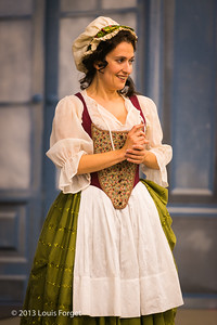 Claire Debono in rehearsal of Opera Lafayette's production of Mozart's Cosi fan tutte
