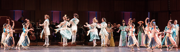 Members of Kalanidhi Dance (l. and r.) and of the New York Baroque Dance Company (center) with soloists (background) in Opera Lafayette's production of Rameau's Les Fêtes de l'Hymen et de l'Amour ou Les Dieux d'Égypte