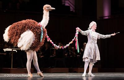 """Soprano Kelly Ballou and """"ostrich"""" in Opera Lafayette's production of Rameau's Les Fêtes de l'Hymen et de l'Amour ou Les Dieux d'Égypte"""