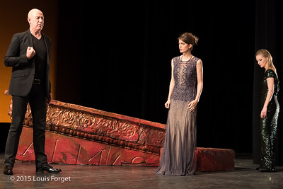 (L to R.) Tenor Thomas Michael Allen, mezzo-soprano Anna Reinhold and mezzo-soprano Julia Dawson in Opera Lafayette's production of Vivaldi's Catone in Utica