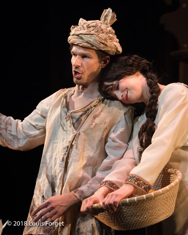 (L. to r.) Bass-baritone André Courville and soprano Julia Dawson in rehearsal of Opera Lafayette's production of Erminia by Alessandro Scarlatti