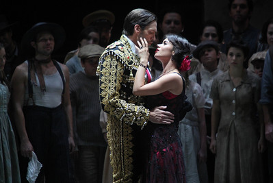Michael Todd Simpson as Escamillo and  Ginger Costa-Jackson as Carmen in The Glimmerglass Festival's 2011 production of Bizet's Carmen. Photo: Julieta Cervantes.