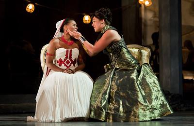 Adina Aaron as Aida and Daveda Karanas as Amneris in The Glimmerglass Festival 2012 production of Aida. Photo: Karli Cadel/The Glimmerglass Festival.