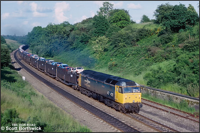 47431 'Silurian' powers up Hatton bank with 4M15 1500 Morris Cowley-Longbridge East on 01/07/1991.
