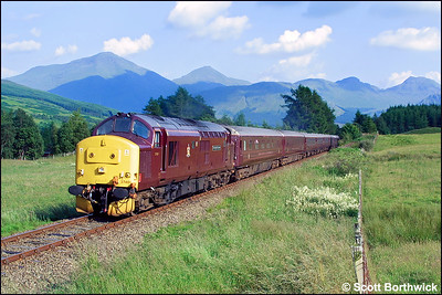 37401 'The Royal Scotsman' is in charge of 1H90 1407 Edinburgh Waverley-Taynuilt 'Royal Scotsman' running through Strath Fillan shortly after departing from Crianlarich on 04/08/2002.