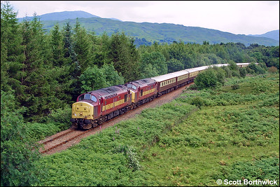 37427+37411 'The Scottish Railway Preservation Society' approach Connel Ferry whilst working VSOE's 1Z64 0910 Edinburgh-Oban 'Northern Belle' on 04/08/2002.