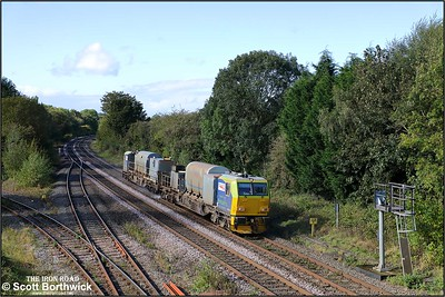 DR98920 passes Hatton whilst working 3S02 0849 Kings Norton OT Plant Depot-Kings Norton OT Plant Depot railhead treatment train on 08/10/2019.