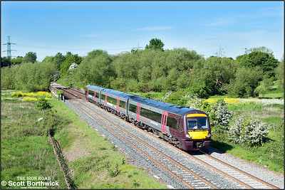 170107 passes Lea Marston whilst forming 1D55 0919 Birmingham New Street-Nottingham on 17/05/2014.