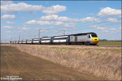 43306/43318 form 1E11 0752 Aberdeen-London King's Cross passing Frinkley Lane, Marston on 03/04/2013.