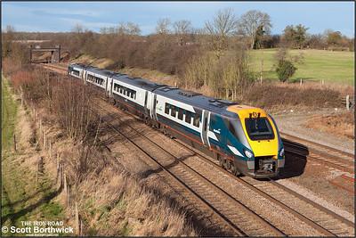 222021 passes Sharnbrook on 03/01/2005 whilst working 1B24 1052 Nottingham-London St Pancras.