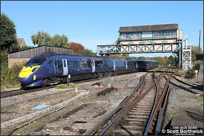 395020 forms 1J30 1212 London St Pancras HS1-Margate departing Canterbury West on 09/10/2018.