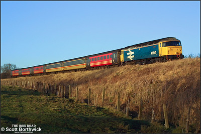 47847 is pictured south of Bishops Itchington, Warwickshire whilst working 1O38 0910 Edinburgh Waverley-Bournemouth on 29/12/2001.
