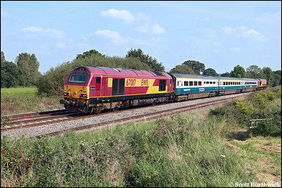 67017 'Arrow' and 67003 top & tail 1J86 1217 London Marylebone-Wrexham General as they climb Hatton Bank on 20/09/2008.