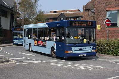 201, SN03WKU, Metrobus