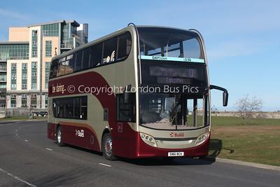 215, SN61BCK, Lothian Buses
