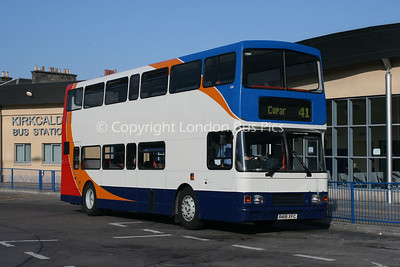 16518, R418XFC, Stagecoach in Fife