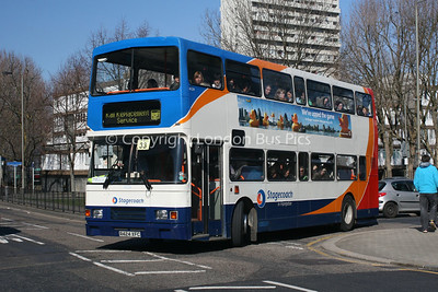 16524, R424XFC, Stagecoach in Hampshire