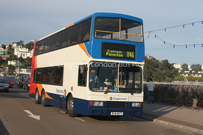 13601, BIW4977, Stagecoach in Devon