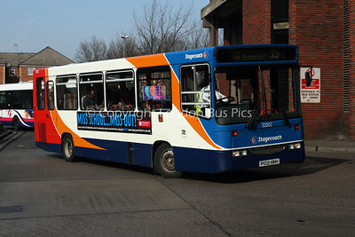 32002, P102HNH, Stagecoach in Northants