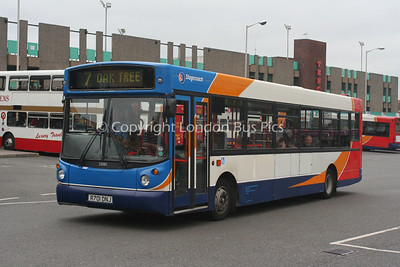 33001, R701DNJ, Stagecoach in Mansfield