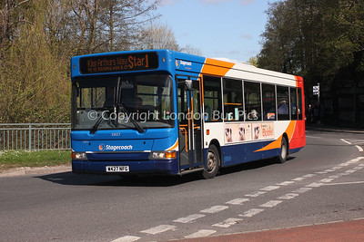 33027, W427NFG, Stagecoach in Hampshire
