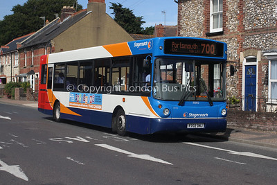 33002, R702DNJ, Stagecoach in the South Downs