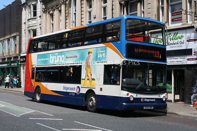 17032, S832BWC, Stagecoach in Hull
