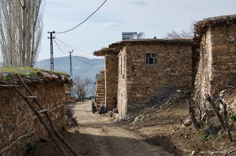 Aparank/ Kaya (Varas) mezra of Döküktaş village, Hizan district, Bitlis province