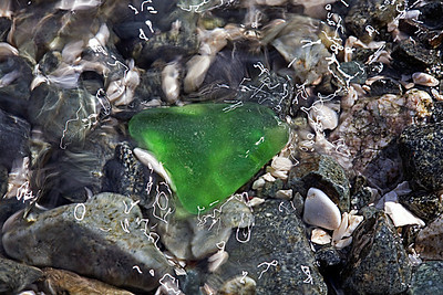 swirling_green_glass_MG_7614_12x18
