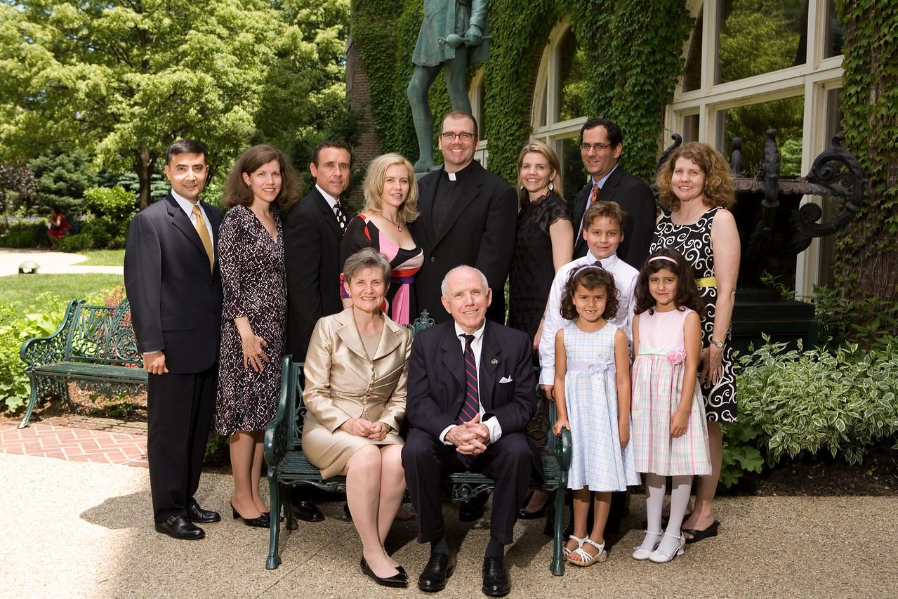 Fr. Bill Murphy, SJ and family.
