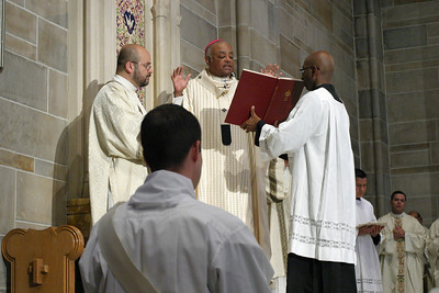 2010 Priest Ordination 092