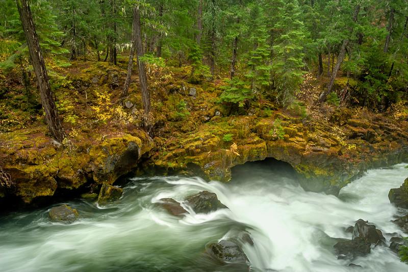 Natural Bridge, Rogue River, Union Creek, OR