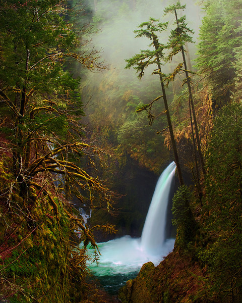 Metlako Falls in Early Spring