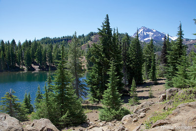 South Matthieu Lake & North Sister