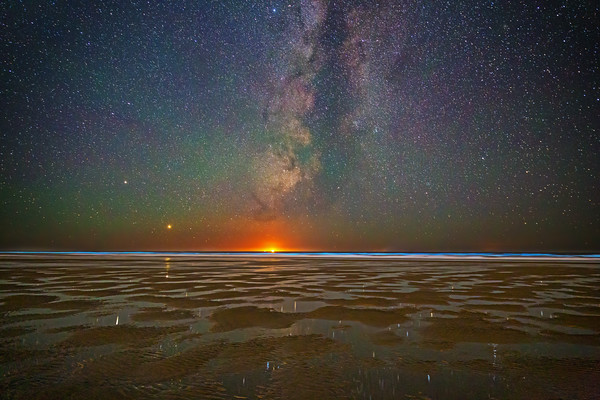 """""""Pacific Goodnight,"""" Jupiter, Saturn and the Milky Way over bioluminescence in the Pacific Ocean, Oregon Coast, Oregon"""