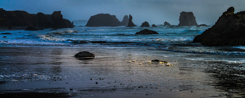 Last light departs Coquille Point