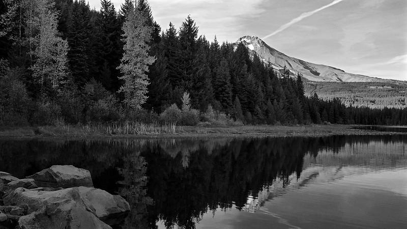 Autumn on Trillium Lake
