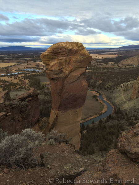 Monkey Face, famous formation at Smith Rock