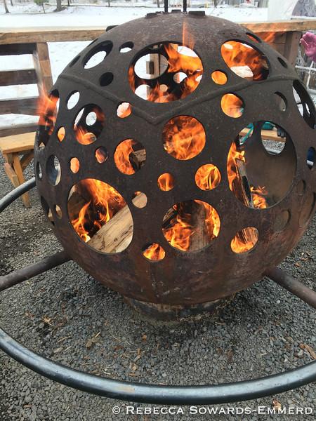 Gorgeous firepit!
