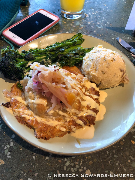 Lunch at Yachats Brewing