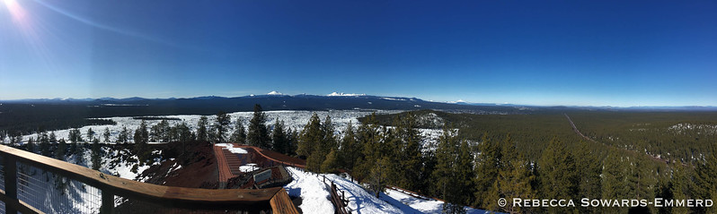 Panorama from Mt Scott to Mt Hood from the fire lookout.