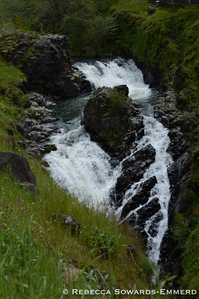 Mosier Creek Falls
