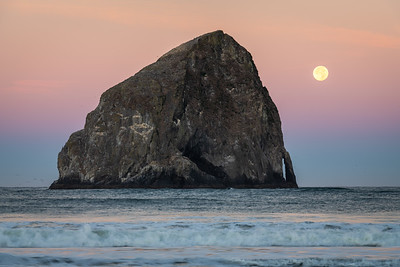 Harvest Moon Setting over the Pacific