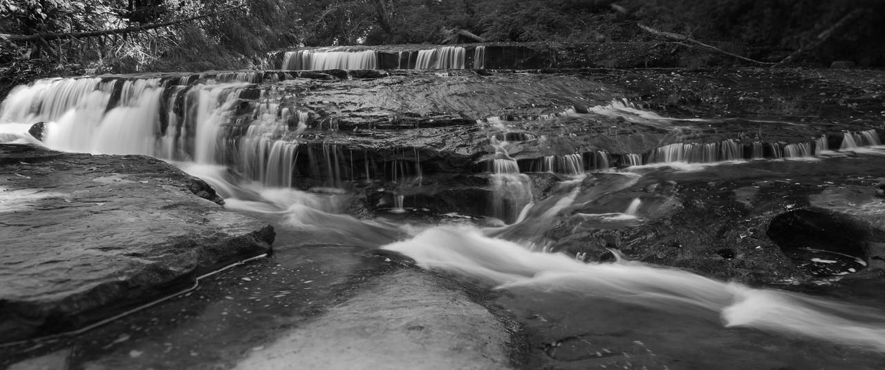 Ledges on Sweet Creek