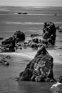 The Oregon Coast in black and white.  Photo by Kyle Spradley | www.kspradleyphoto.com
