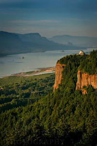 Columbia River Gorge in Oregon  Photo by Kyle Spradley | www.kspradleyphoto.com